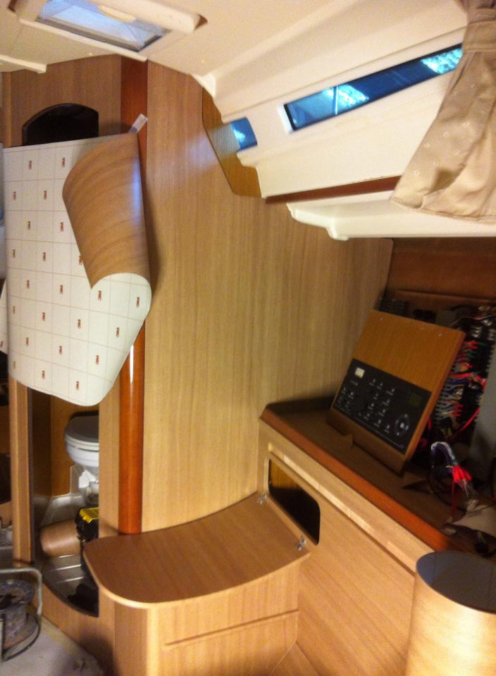 Interieur zeiljacht for Auto interieur spuiten